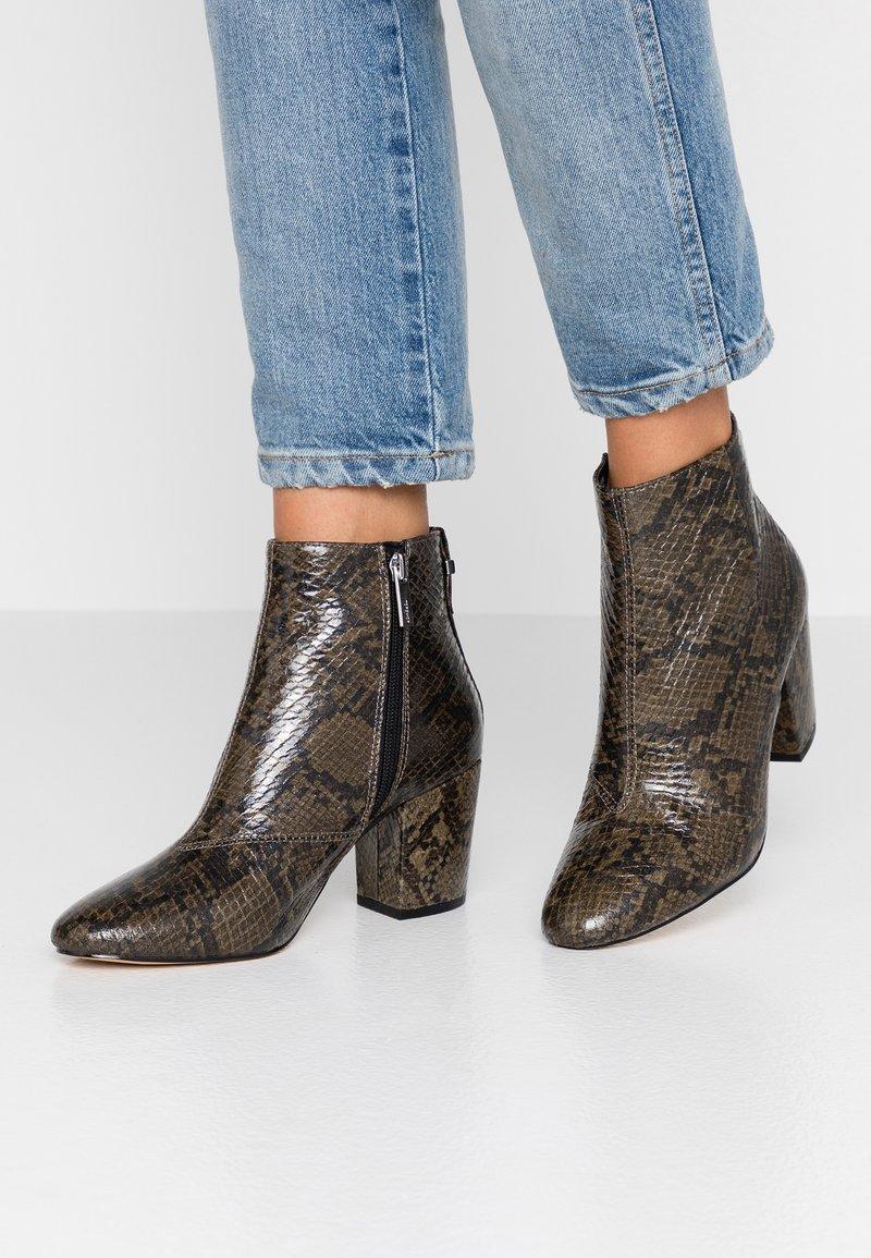 Topshop - BROOKLYN BLOCK - Ankle boots - khaki