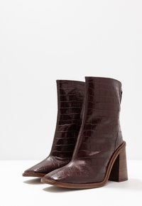 Topshop - HERTFORD BOOT - High heeled ankle boots - burgundy - 4