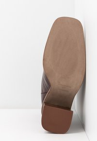 Topshop - HERTFORD BOOT - High heeled ankle boots - burgundy - 6