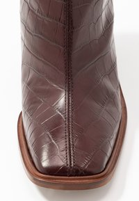 Topshop - HERTFORD BOOT - High heeled ankle boots - burgundy - 2