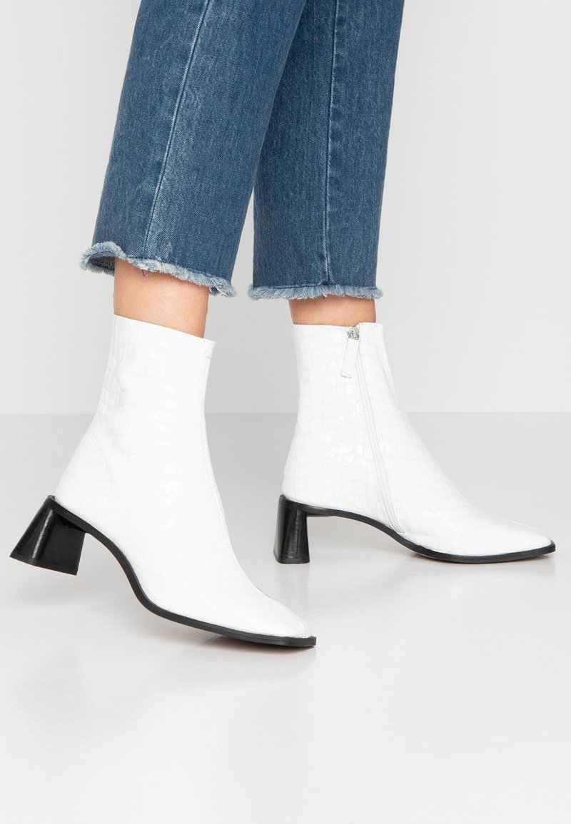 Topshop - MAJA MID BOOT - Classic ankle boots - white
