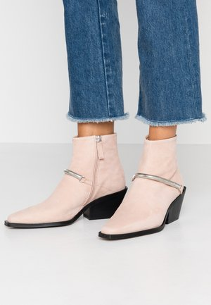 MERCY WESTERN BOOT - Santiags - sand