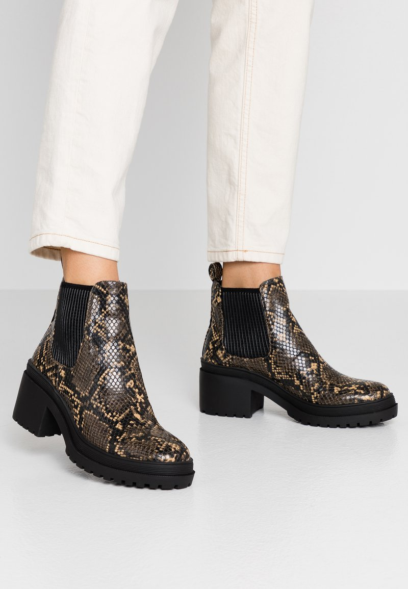 Topshop - BRIXTON CHELSEA - Ankle Boot - natural