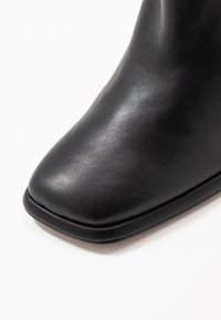 Topshop - HOLDEN - Botines de tacón - black - 2