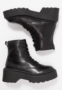 Topshop - AUSTIN LACE UP BOOT - Enkellaarsjes met plateauzool - black - 3