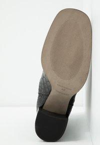 Topshop - HUNTINGTON BOOT - Bottines - black - 6