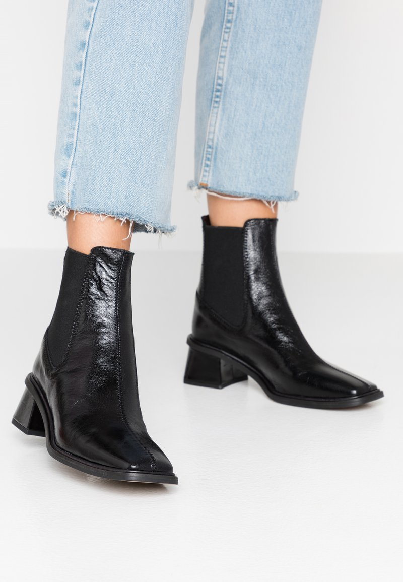Mia Chelsea Boot   Stiefelette by Topshop