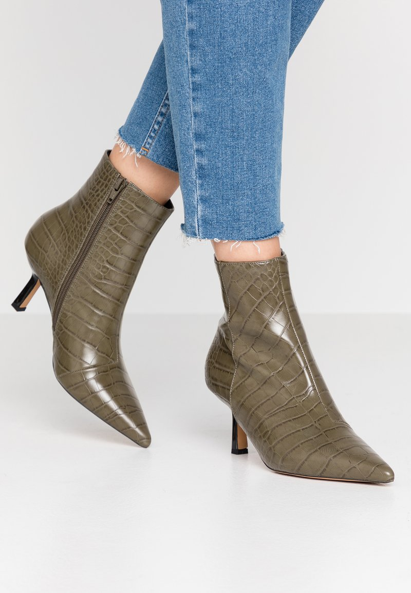 Topshop - MACI POINT BOOT - Ankle boots - khaki