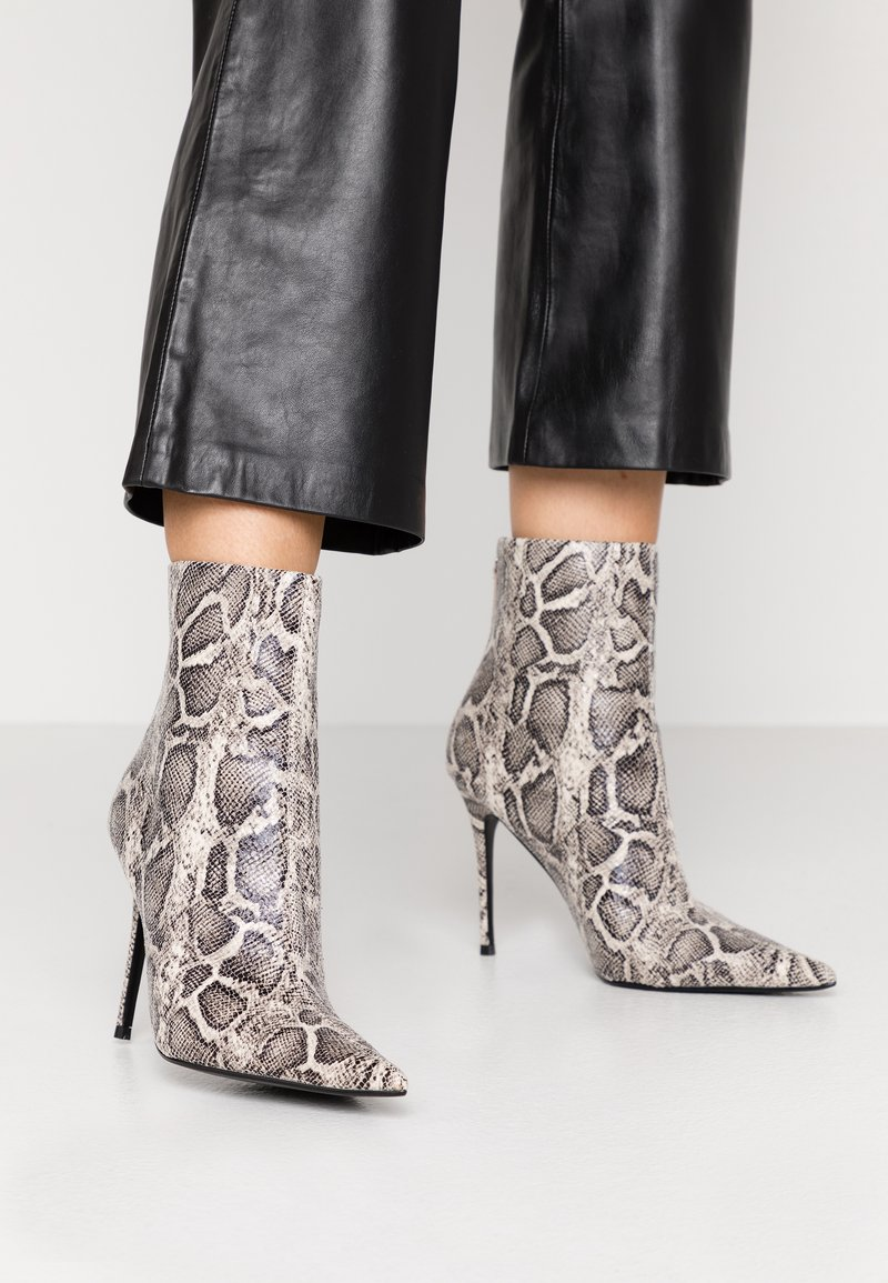 Topshop - EDA POINT BOOT - High heeled ankle boots - grey