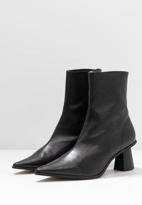 Topshop - MAILE POINT BOOT - Classic ankle boots - black - 4