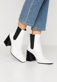 Topshop - HARBOUR CHELSEA - High heeled ankle boots - white - 0