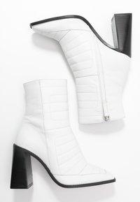 Topshop - MILLENIAL BOOT - Enkellaarsjes met hoge hak - white - 3