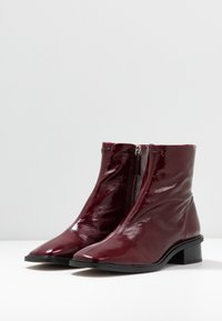 Topshop - ARROW  BOOT - Stivaletti - burgundy - 4