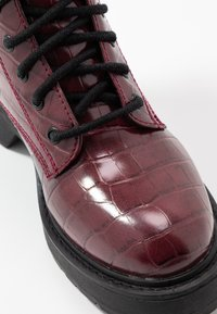 Topshop - KACY LACE UP BOOT - Platform ankle boots - burgundy - 2