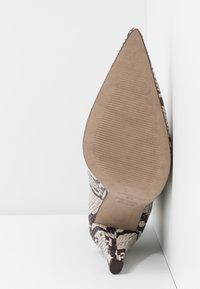 Topshop - VEGAN VILLA BOOT - High heeled ankle boots - natural - 6