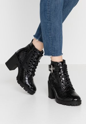 LACE UP BOOT - Ankle boots - black