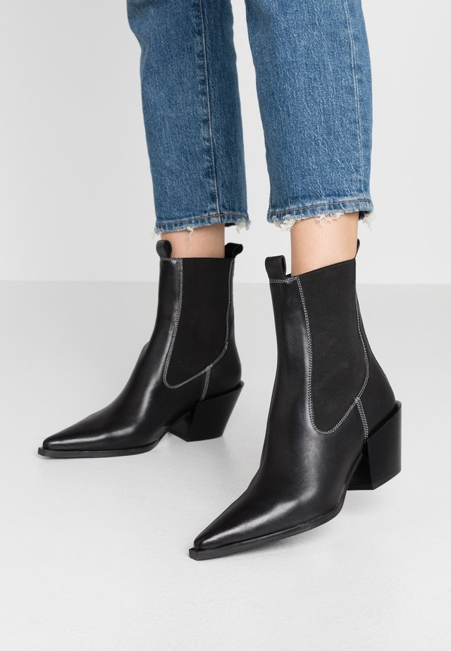MYSTERY WESTERN BOOT - Cowboy/biker ankle boot - black
