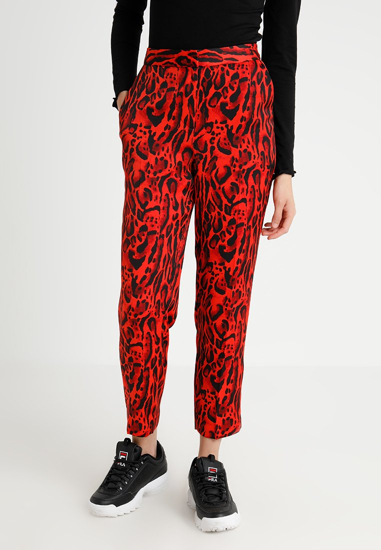 Topshop - LEOPARD SUIT TROUSERS - Tygbyxor - red