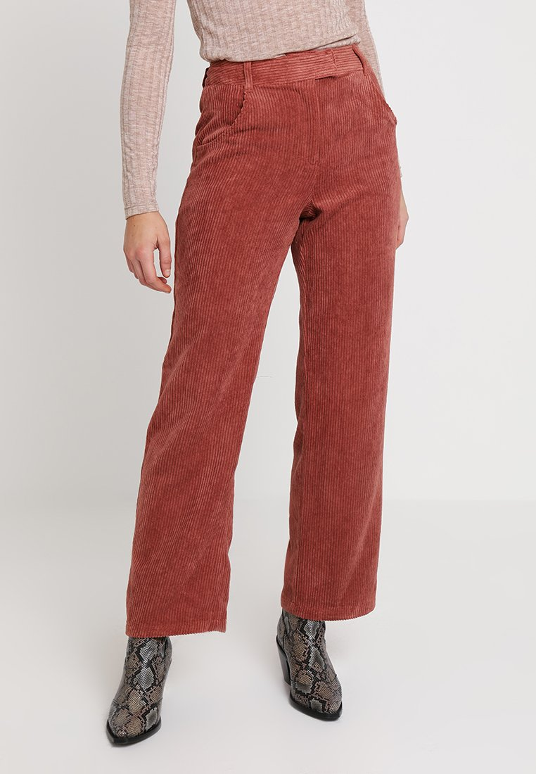Topshop - TAYLOR SLOUCH - Stoffhose - rose