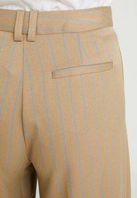 Topshop - STRIPE WIDE LEG TROUSERS - Kalhoty - camel - 6
