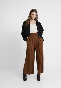 Topshop - JINGLE WIDE TROUSER - Trousers - brown - 2