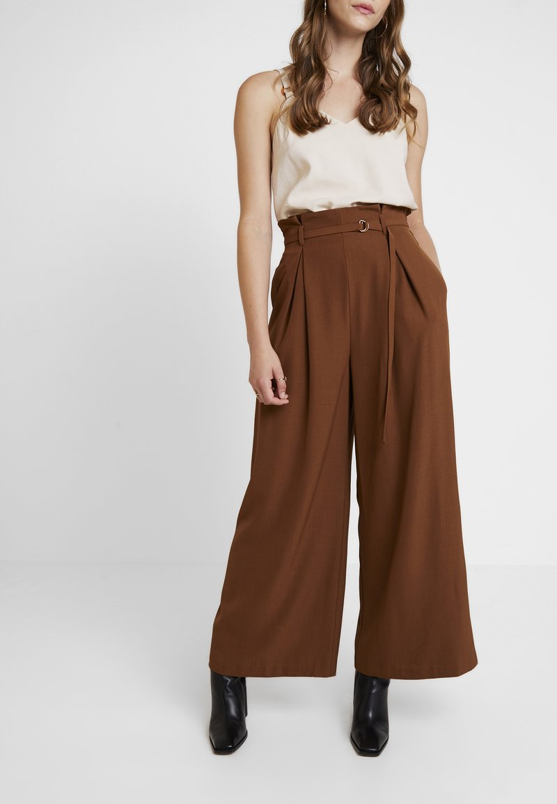 Topshop - JINGLE WIDE TROUSER - Trousers - brown