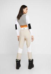 Topshop - SNO ALDRIN - Pantaloni - tan/white - 2