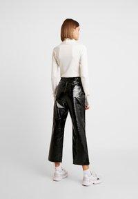 Topshop - STRAIGHT LEG - Pantaloni - black - 3