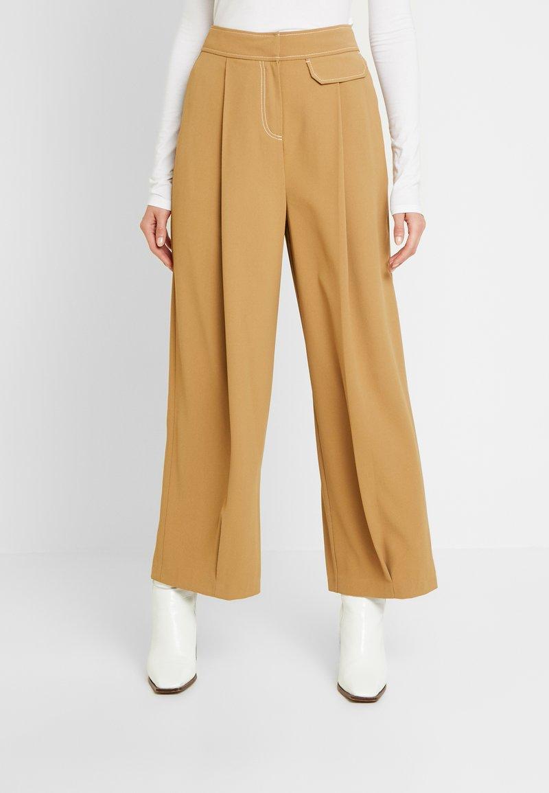 Topshop - MAJOR  - Trousers - ochre
