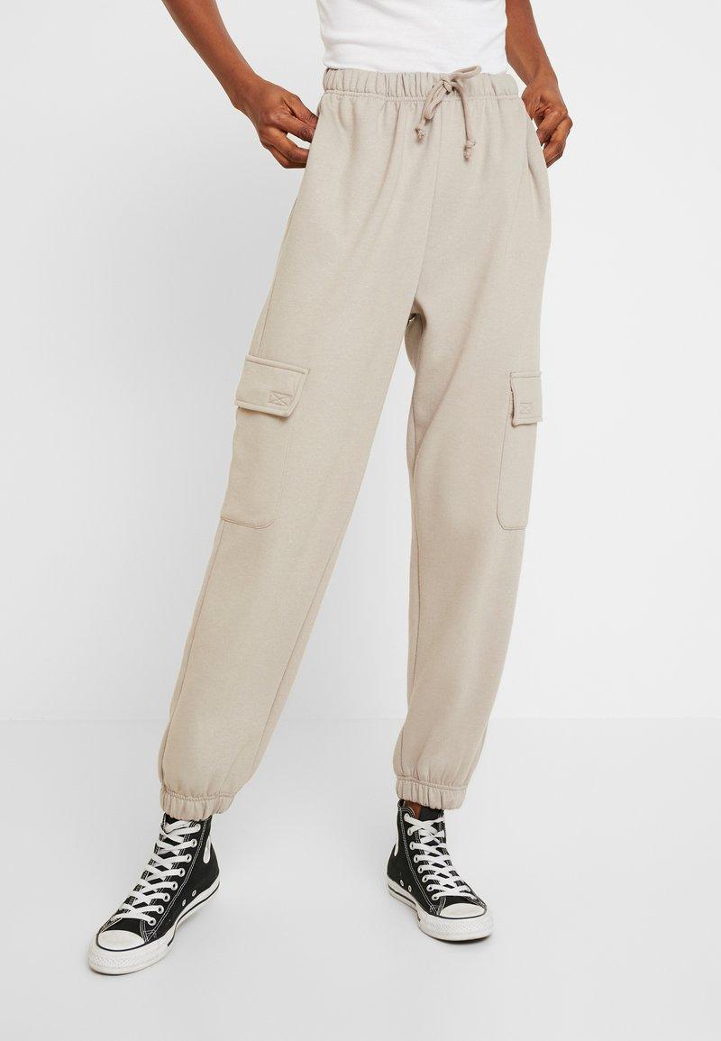 Topshop - HARRY UTILITY - Pantaloni sportivi - grey
