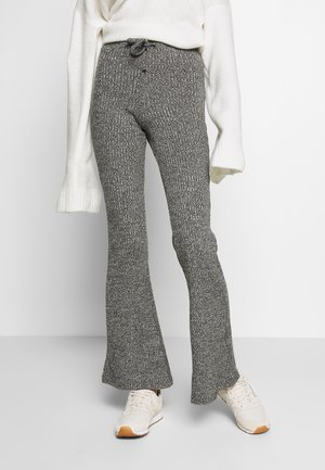 TIE RIB MARL FLARE - Trousers - charcoal