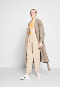 Topshop - ELASTIC BACK PEGGY SLOUCH - Trousers - stone - 1