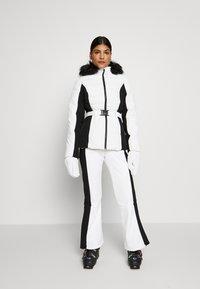 Topshop - EUROPA FLARE  - Kalhoty - white - 1
