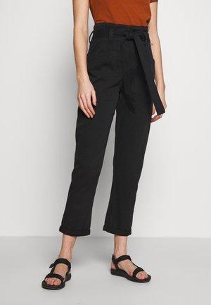 BILLY - Spodnie materiałowe - black
