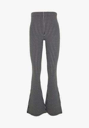 GINGHAM FLARE - Pantalones - monochrome