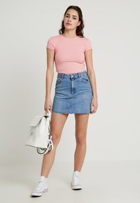 Topshop - CLEAN - Denim skirt - blue denim - 1
