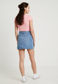 Topshop - CLEAN - Denim skirt - blue denim - 2