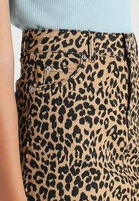 Topshop - NEW LEOPARD - A-snit nederdel/ A-formede nederdele - tan - 5