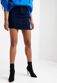 Topshop - JONI SKIRT - Denimová sukně - blue denim - 0