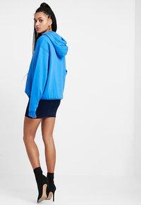 Topshop - JONI SKIRT - Denimová sukně - blue denim - 2