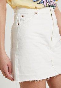 Topshop - A-snit nederdel/ A-formede nederdele - white - 3