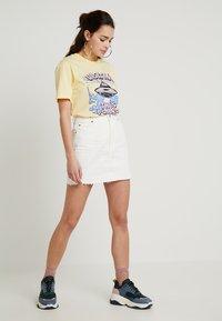 Topshop - A-snit nederdel/ A-formede nederdele - white - 1