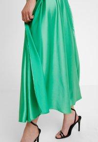 Topshop - FULL CIRCLE - Maxi sukně - green - 3