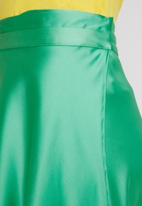 Topshop - FULL CIRCLE - Maxi sukně - green - 5