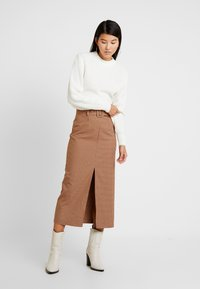 Topshop - CHECK BELTED MIDI - Kynähame - brown - 1