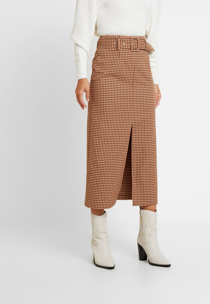Topshop - CHECK BELTED MIDI - Kynähame - brown