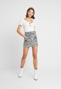 Topshop - MONO ANIMAL SELF BELT - Denim skirt - mono - 1
