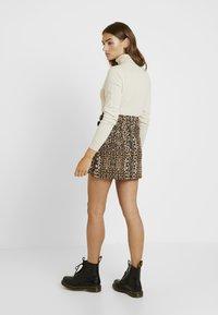 Topshop - ABSTRACT - A-snit nederdel/ A-formede nederdele - brown - 2