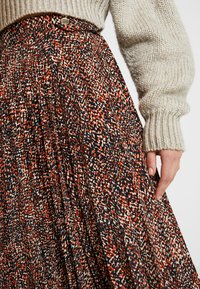 Topshop - TEXTURED ANIMAL PLEAT - A-line skirt - brown - 4