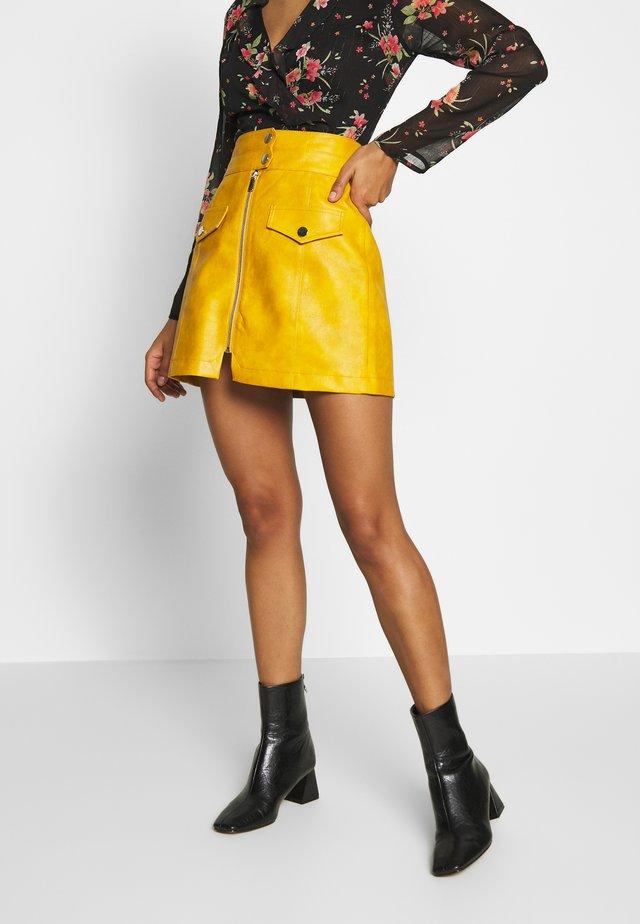 ZIP THRU  - Minifalda - mustard